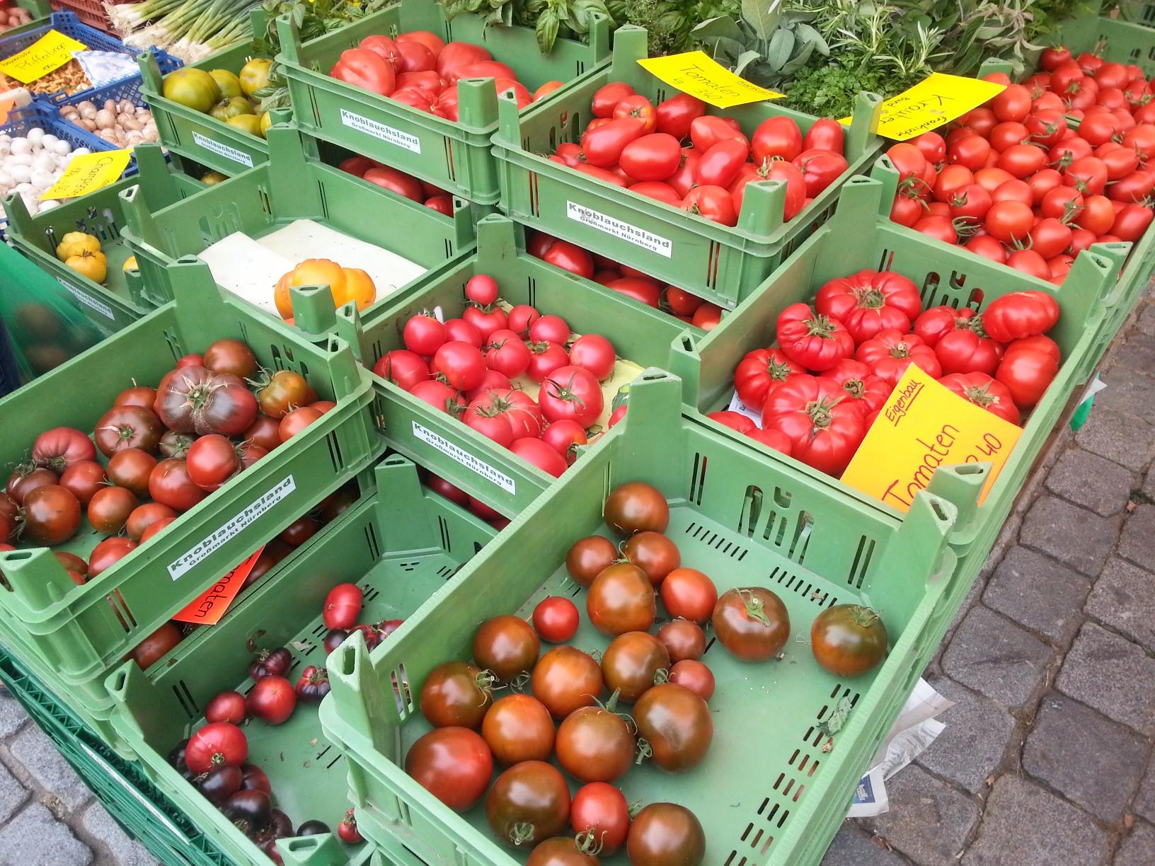 Erlanger Markt Tomatenspezialist